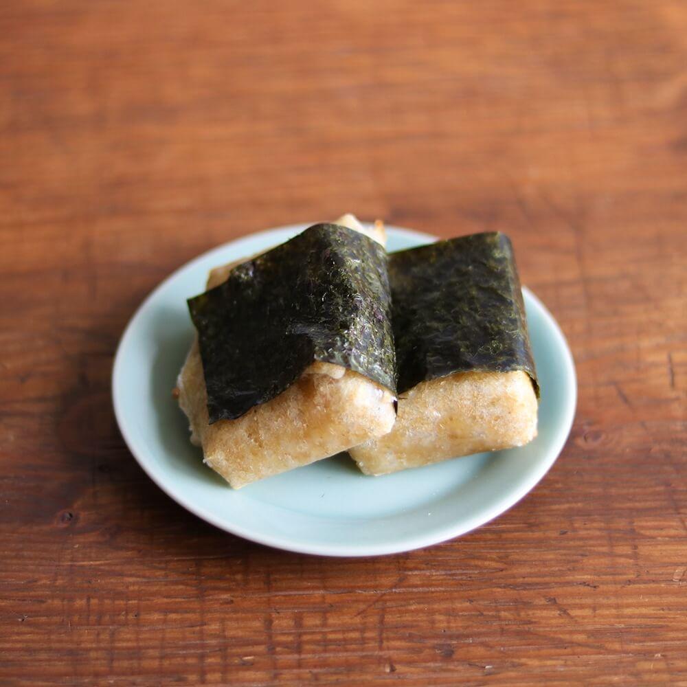 シンプルに、海苔と醤油で。