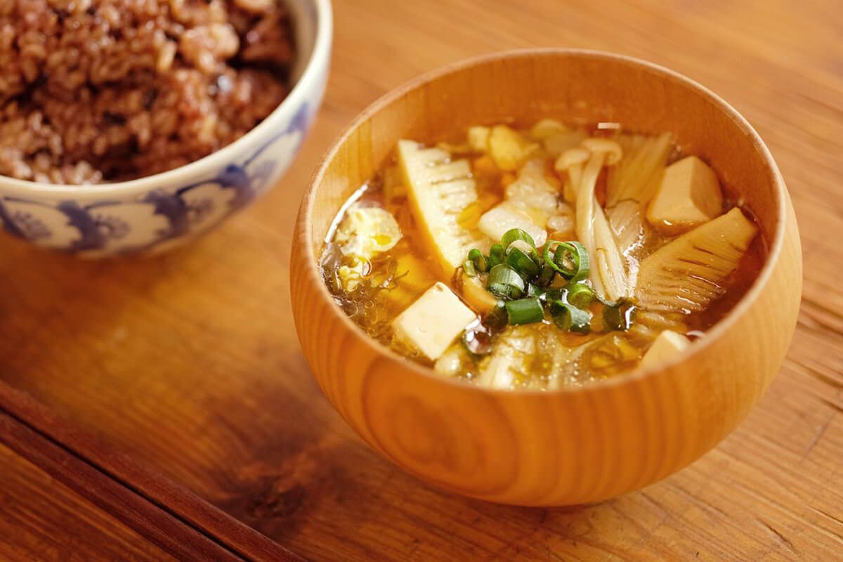 【ツマめしレシピ】06|鶏ガラスープの素は使わずに。具材の旨みがいきたサンラータン。