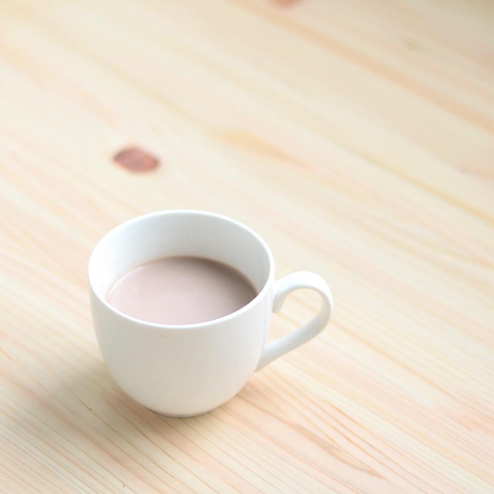 豆乳を混ぜて、ホットチョコレート風に。