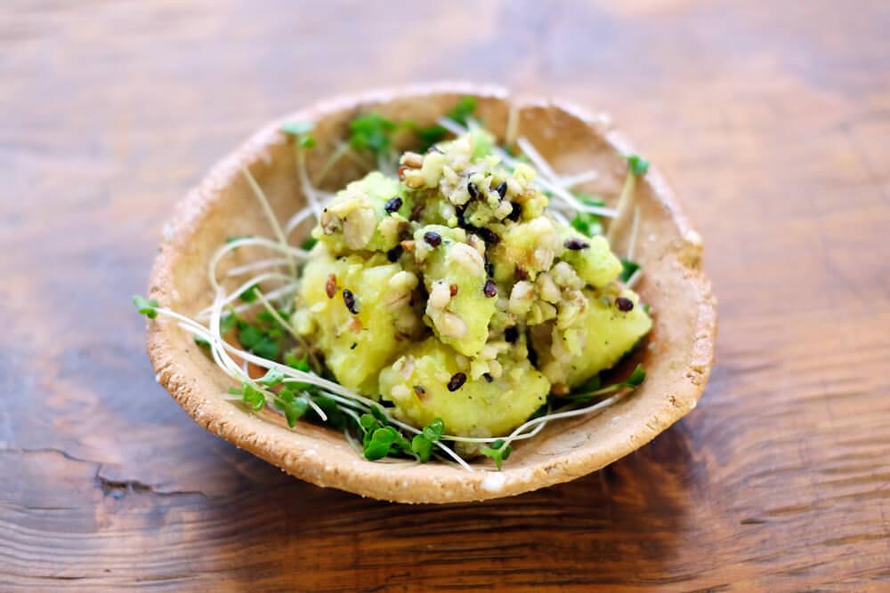 【ポテサラ好き集合!】雑穀とアボカドのポテトサラダ