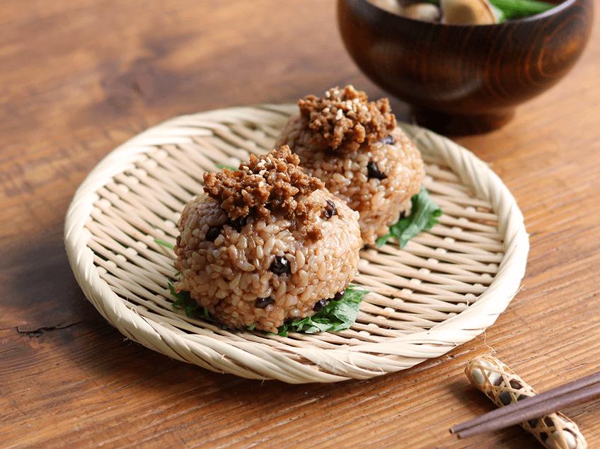 寝かせ玄米に合う肉味噌のレシピ