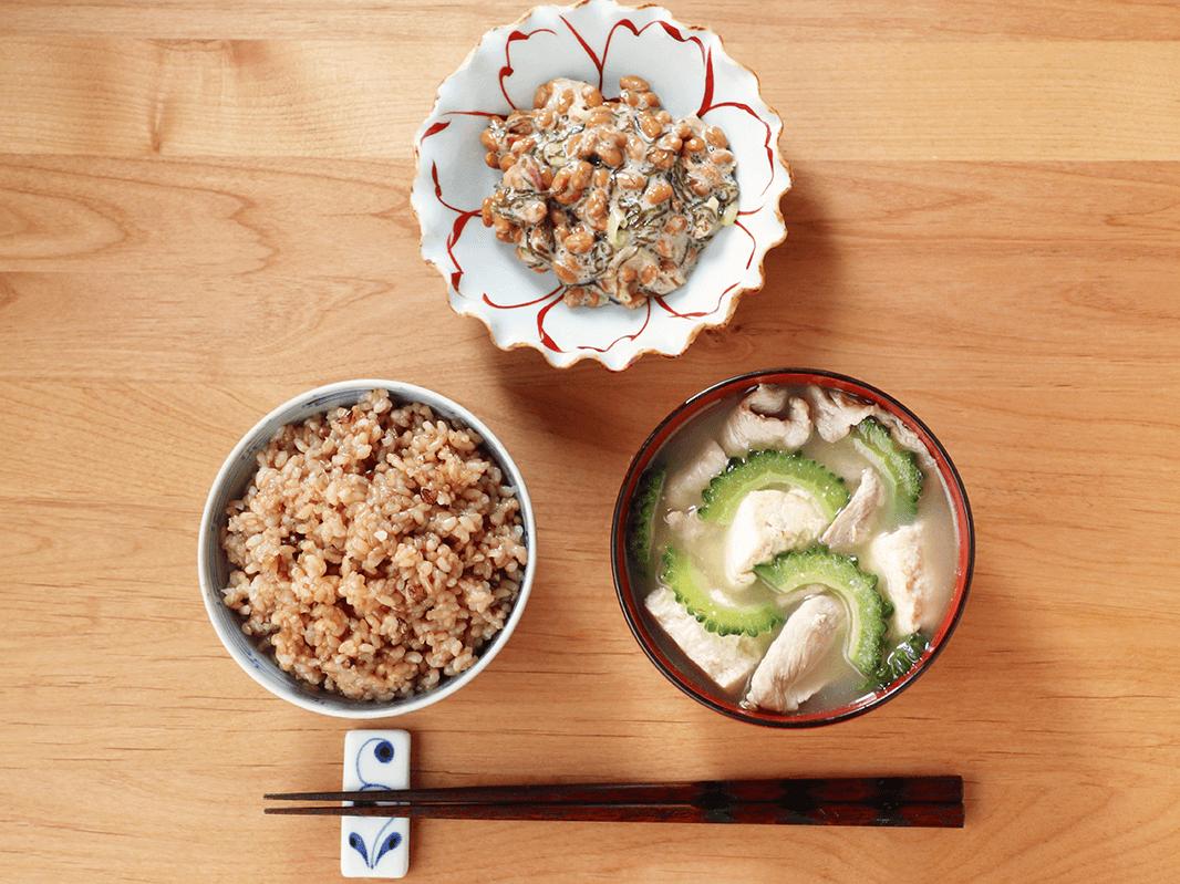 【二十四節気の一汁】立秋「ゴーヤーと豚肉の味噌汁」