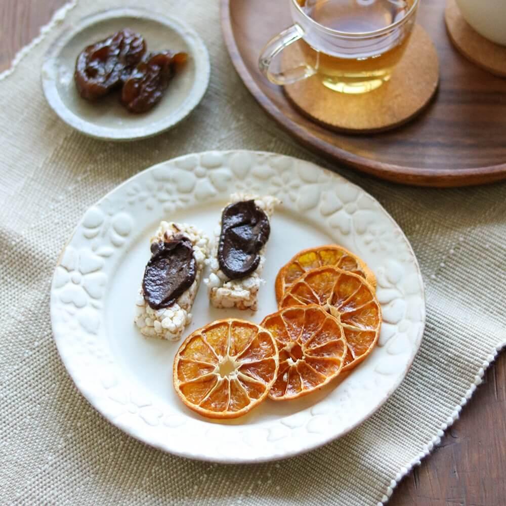 乾燥みかんは、チョコレートとの相性も抜群です。